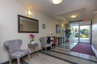 Photo 2: 410 4394 West Saanich Rd in : SW Royal Oak Condo for sale (Saanich West)  : MLS®# 866722