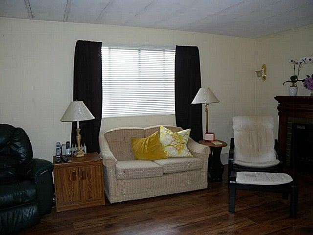 """Photo 7: Photos: 97 9950 WILSON Street in Mission: Stave Falls Manufactured Home for sale in """"RUSKIN PLACE"""" : MLS®# F1415221"""