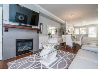 """Photo 4: 53 19560 68 Avenue in Surrey: Clayton Townhouse for sale in """"SOLANA"""" (Cloverdale)  : MLS®# R2589990"""