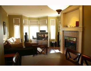 """Photo 2: 302 588 12TH Street in New_Westminster: Uptown NW Condo for sale in """"REGENCY"""" (New Westminster)  : MLS®# V787422"""