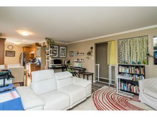 """Photo 9: 13 33900 MAYFAIR Avenue in Abbotsford: Central Abbotsford Townhouse for sale in """"Mayfair Gardens"""" : MLS®# R2563828"""