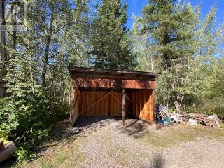 Photo 3: 1237 BARKERVILLE HIGHWAY in Quesnel: House for sale : MLS®# R2614511