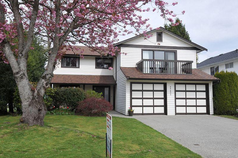 Main Photo: 23405 SANDPIPER Avenue in Maple Ridge: Cottonwood MR House for sale : MLS®# R2360174