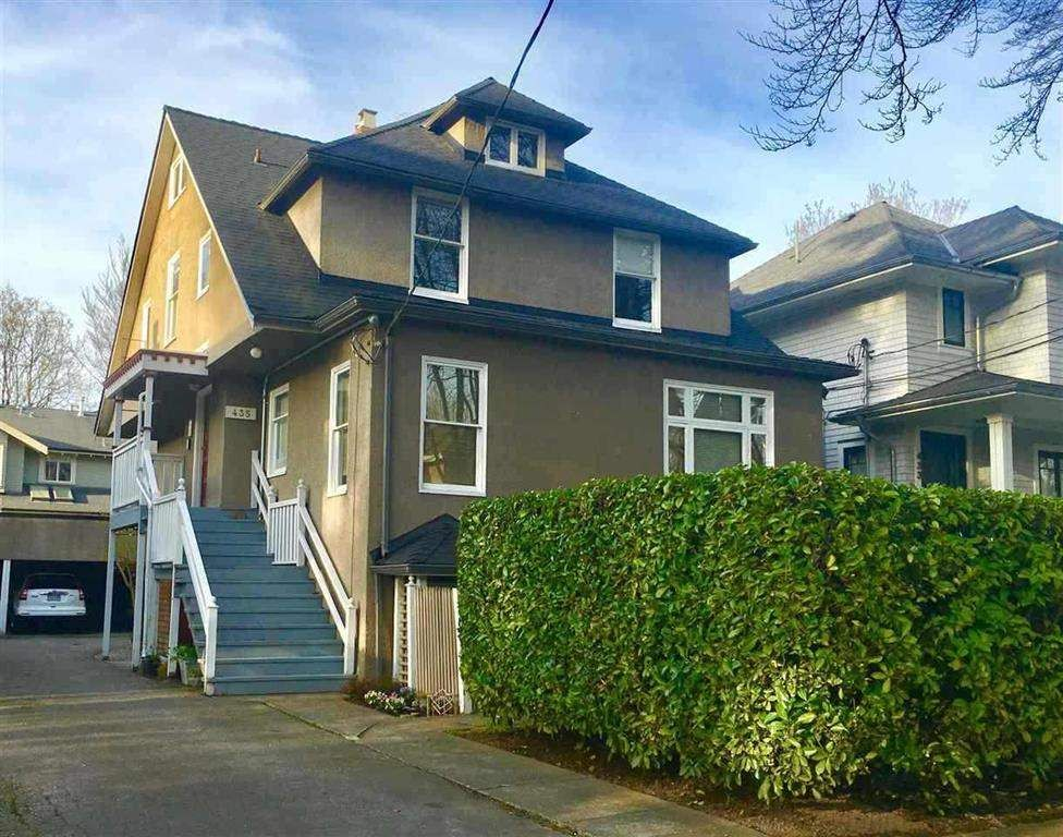 """Main Photo: 435 W 14TH Avenue in Vancouver: Mount Pleasant VW Fourplex for sale in """"Mount Pleasant / City Hall"""" (Vancouver West)  : MLS®# R2404997"""