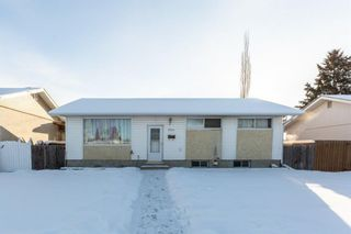 Main Photo: 5624 Travis Street NE in Calgary: Thorncliffe Detached for sale : MLS®# A1071841