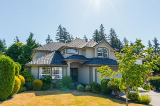 """Photo 2: 2232 140A Street in Surrey: Sunnyside Park Surrey House for sale in """"FOREST EDGE"""" (South Surrey White Rock)  : MLS®# R2602722"""