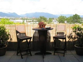 Photo 14: 526 350 2ND Ave E in Vancouver East: Home for sale : MLS®# V910946