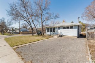 Photo 2: 1048 Campbell Street in Regina: Mount Royal RG Residential for sale : MLS®# SK851773