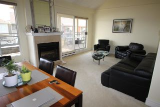 """Photo 5: 409 3 RENAISSANCE Square in New Westminster: Quay Condo for sale in """"THE LIDO"""" : MLS®# R2148521"""