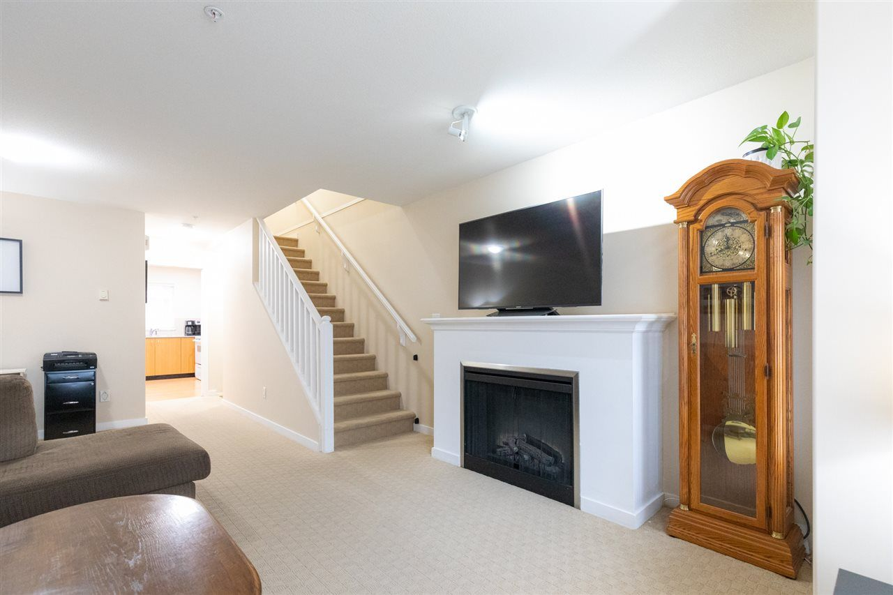 """Photo 3: Photos: 12 5355 201A Street in Langley: Langley City Townhouse for sale in """"PACIFIC COURT"""" : MLS®# R2557519"""