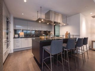 """Photo 6: 1510 HOMER Mews in Vancouver: Yaletown Townhouse for sale in """"THE ERICKSON"""" (Vancouver West)  : MLS®# R2334028"""