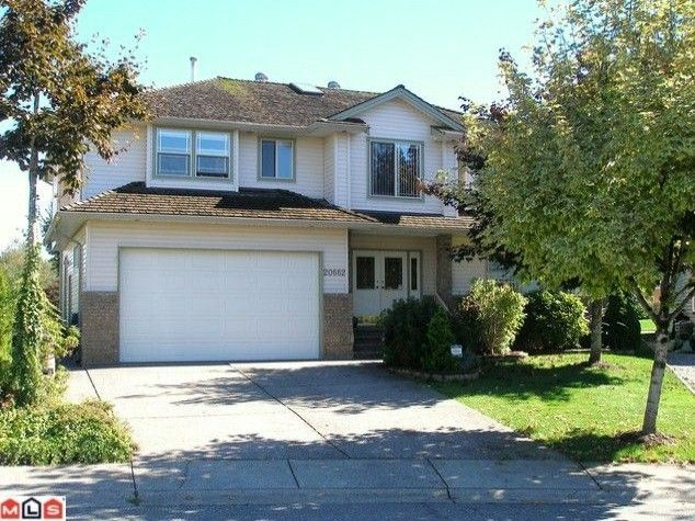 """Main Photo: 20662 91ST Avenue in Langley: Walnut Grove House for sale in """"GREENWOOD ESTATES"""" : MLS®# F1101123"""