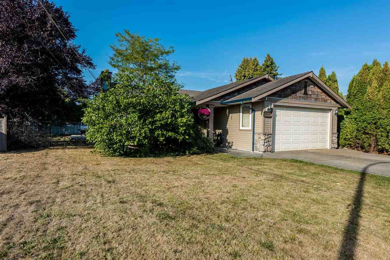 Main Photo: 18537 58 AVENUE in : Cloverdale BC House for sale : MLS®# R2302962