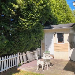 Photo 9: 35 13507 81 Avenue in Surrey: Queen Mary Park Surrey Manufactured Home for sale : MLS®# R2581343