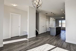 Photo 19: 136 Creekside Drive SW in Calgary: C-168 Semi Detached for sale : MLS®# A1108851