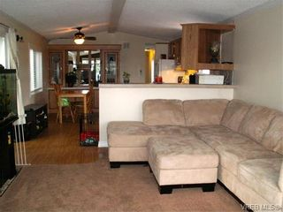 Photo 2: B35 920 Whittaker Rd in MALAHAT: ML Mill Bay Manufactured Home for sale (Malahat & Area)  : MLS®# 752139