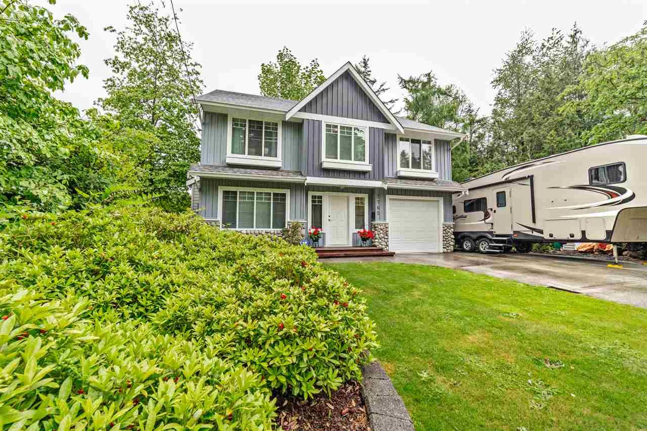 Main Photo: 7765 DUNSMUIR Street in Mission: Mission BC House for sale : MLS®# R2370845