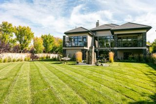 Photo 2: 312 CALDWELL Close in Edmonton: Zone 20 House for sale : MLS®# E4229311
