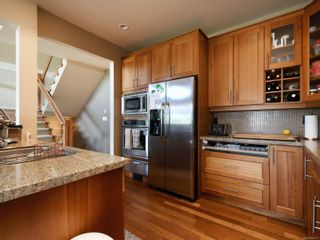 Photo 12: 112 1244 Muirfield Pl in : La Bear Mountain Row/Townhouse for sale (Langford)  : MLS®# 854771