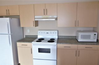 Photo 4: 202 905 Blacklock Way in Edmonton: Zone 55 Condo for sale : MLS®# E4244559