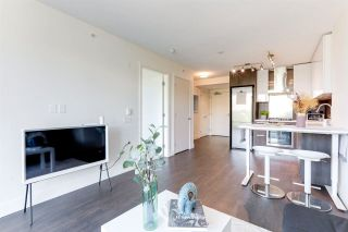 """Photo 5: 903 3007 GLEN Drive in Coquitlam: North Coquitlam Condo for sale in """"Evergreen"""" : MLS®# R2591483"""