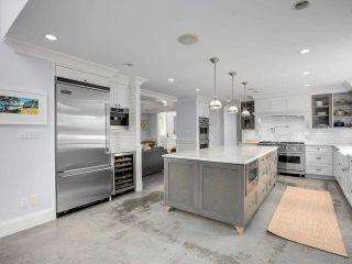 Photo 10: 1519 FARRELL Crescent in Delta: Beach Grove House for sale (Tsawwassen)  : MLS®# R2578933
