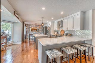 Photo 10: 3359 OAKWOOD Drive SW in Calgary: Oakridge Detached for sale : MLS®# A1145884