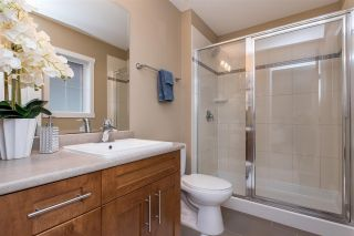 """Photo 12: 55 6123 138 Street in Surrey: Sullivan Station Townhouse for sale in """"PANORAMA WOODS"""" : MLS®# R2430750"""