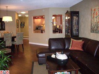 """Photo 8: 304 15367 BUENA VISTA Avenue: White Rock Condo for sale in """"THE PALMS"""" (South Surrey White Rock)  : MLS®# F1017540"""
