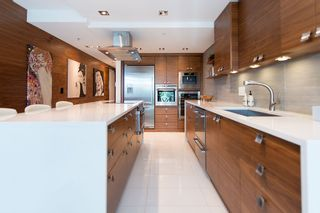"""Photo 16: 106 1338 HOMER Street in Vancouver: Yaletown Condo for sale in """"GOVERNOR'S VILLA"""" (Vancouver West)  : MLS®# V1065640"""