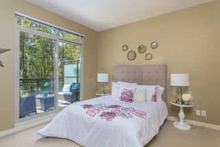 """Photo 10: 405 101 MORRISSEY Road in Port Moody: Port Moody Centre Condo for sale in """"LIBRA B/SUTTERBROOK VILLAGE"""" : MLS®# R2101263"""