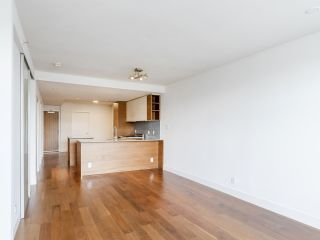 """Photo 18: 204 4375 W 10TH Avenue in Vancouver: Point Grey Condo for sale in """"The Varsity"""" (Vancouver West)  : MLS®# R2552003"""