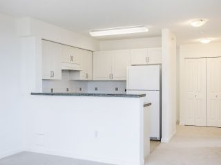 """Photo 16: 720 2799 YEW Street in Vancouver: Kitsilano Condo for sale in """"TAPESTRY AT THE O'KEEFE"""" (Vancouver West)  : MLS®# R2537614"""
