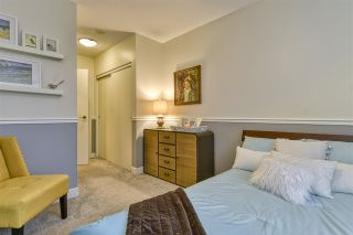 Photo 16: 186 CHESTERFIELD AVENUE in North Vancouver: Lower Lonsdale Townhouse for sale : MLS®# R2423323