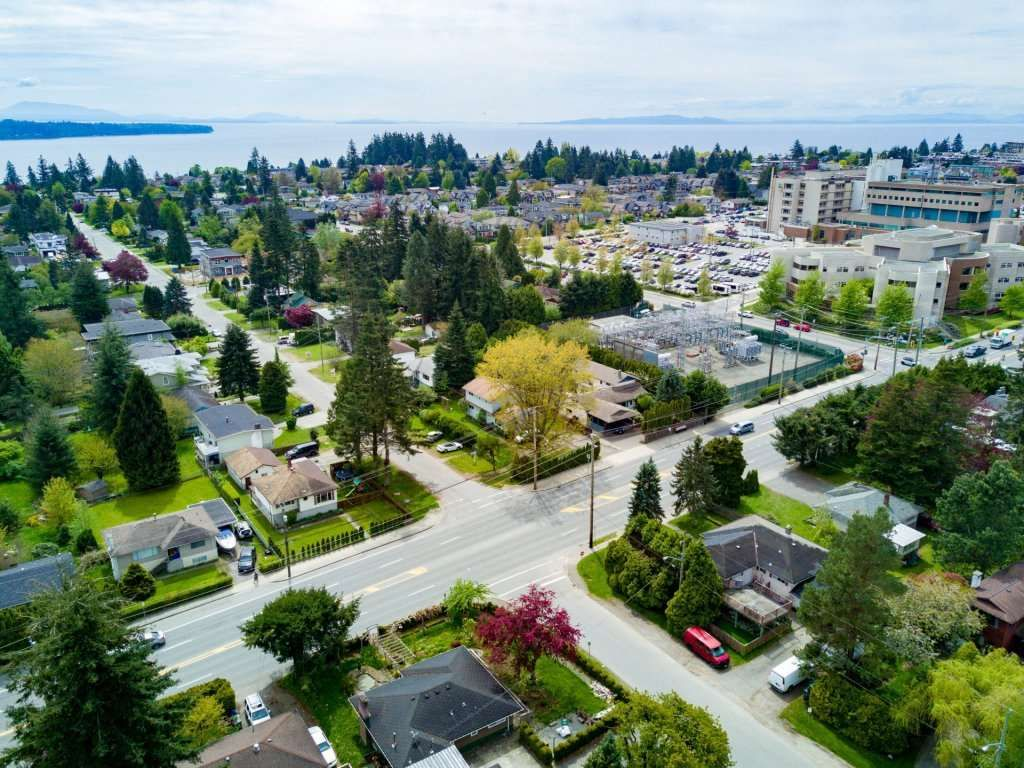 Main Photo: 1589 MAPLE Street: White Rock House for sale (South Surrey White Rock)  : MLS®# R2081712