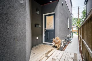 Photo 3: 2 4726 17 Avenue NW in Calgary: Montgomery Row/Townhouse for sale : MLS®# A1116859