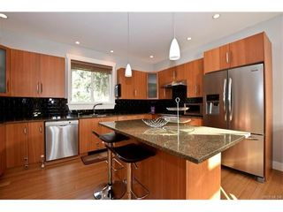 Photo 7: 436 Nursery Hill Dr in VICTORIA: VR Six Mile House for sale (View Royal)  : MLS®# 746407
