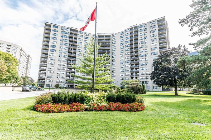 FEATURED LISTING: 1003 - 451 The West Mall Toronto