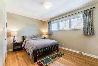 Photo 9: 447 36 Avenue NW in Calgary: Highland Park Detached for sale : MLS®# A1070695