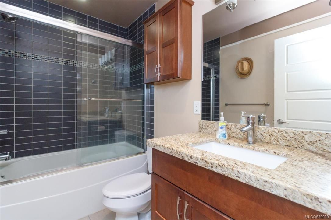 Photo 13: Photos: 205 785 Station Ave in Langford: La Langford Proper Row/Townhouse for sale : MLS®# 839939
