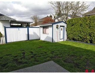 """Photo 10: 15405 90TH Avenue in Surrey: Fleetwood Tynehead House for sale in """"BERKSHIRE PARK"""" : MLS®# F2708524"""