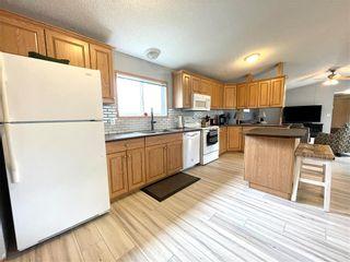Photo 15: 12 LOUISE Street in Pine Ridge: Pineridge Trailer Park Residential for sale (R02)  : MLS®# 202119473
