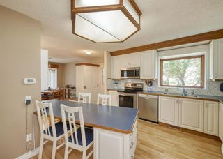 Photo 5: 32 BERMONDSEY Court NW in Calgary: Beddington Heights Detached for sale : MLS®# A1013498