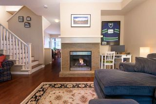 """Photo 2: 25 50 PANORAMA Place in Port Moody: Heritage Woods PM Townhouse for sale in """"ADVENTURE RIDGE"""" : MLS®# R2357233"""