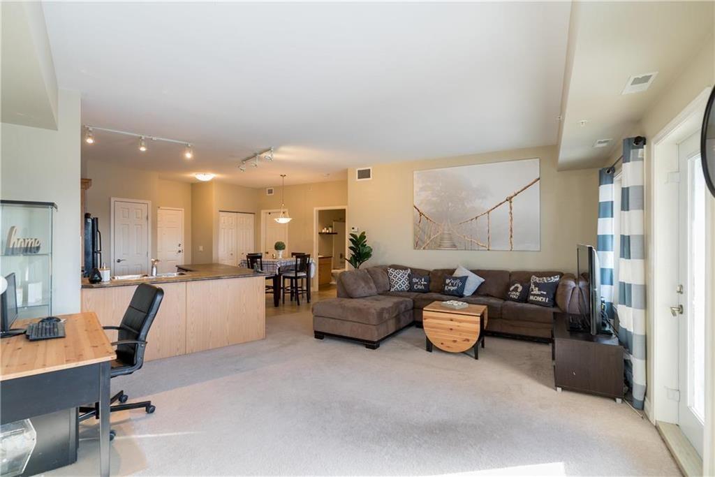 Photo 12: Photos: 419 1205 St Anne's Road in Winnipeg: River Park South Condominium for sale (2F)  : MLS®# 202101052