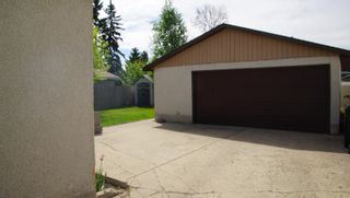 Photo 38: 10615 165 Avenue NW in Edmonton: Zone 27 House for sale : MLS®# E4264865