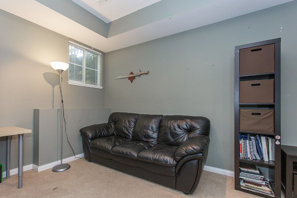 "Photo 40: Photos: 6 6785 193 Street in Surrey: Clayton Townhouse for sale in ""MADRONA"" (Cloverdale)  : MLS®# R2160056"