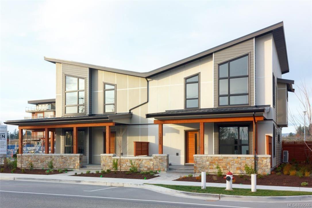 Main Photo: 7950 Lochside Dr in Central Saanich: CS Turgoose Half Duplex for sale : MLS®# 830566