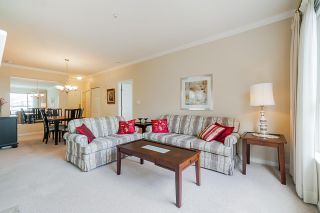 """Photo 12: 215 3098 GUILDFORD Way in Coquitlam: North Coquitlam Condo for sale in """"Marlborough House"""" : MLS®# R2555824"""