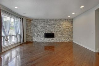 Photo 2: 93 Sidon Crescent SW in Calgary: Signal Hill Detached for sale : MLS®# A1150956